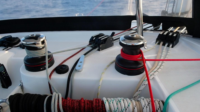 Easy sail control from helm // Enkel kontroll med seilene fra styreposisjonen