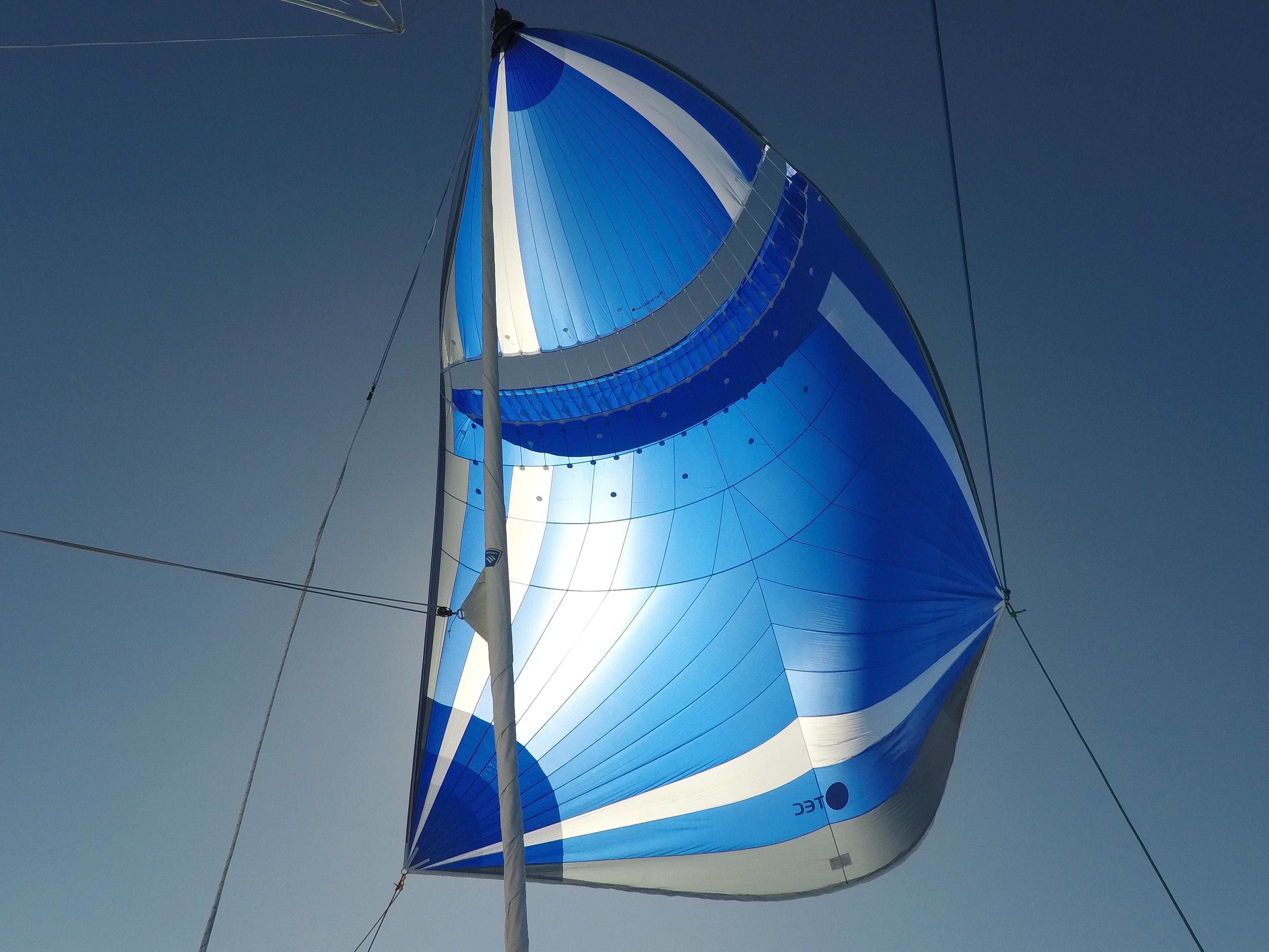 Parasail S/V Vega katamaran catamaran Norge Norway Lagoon sailing seiling boat